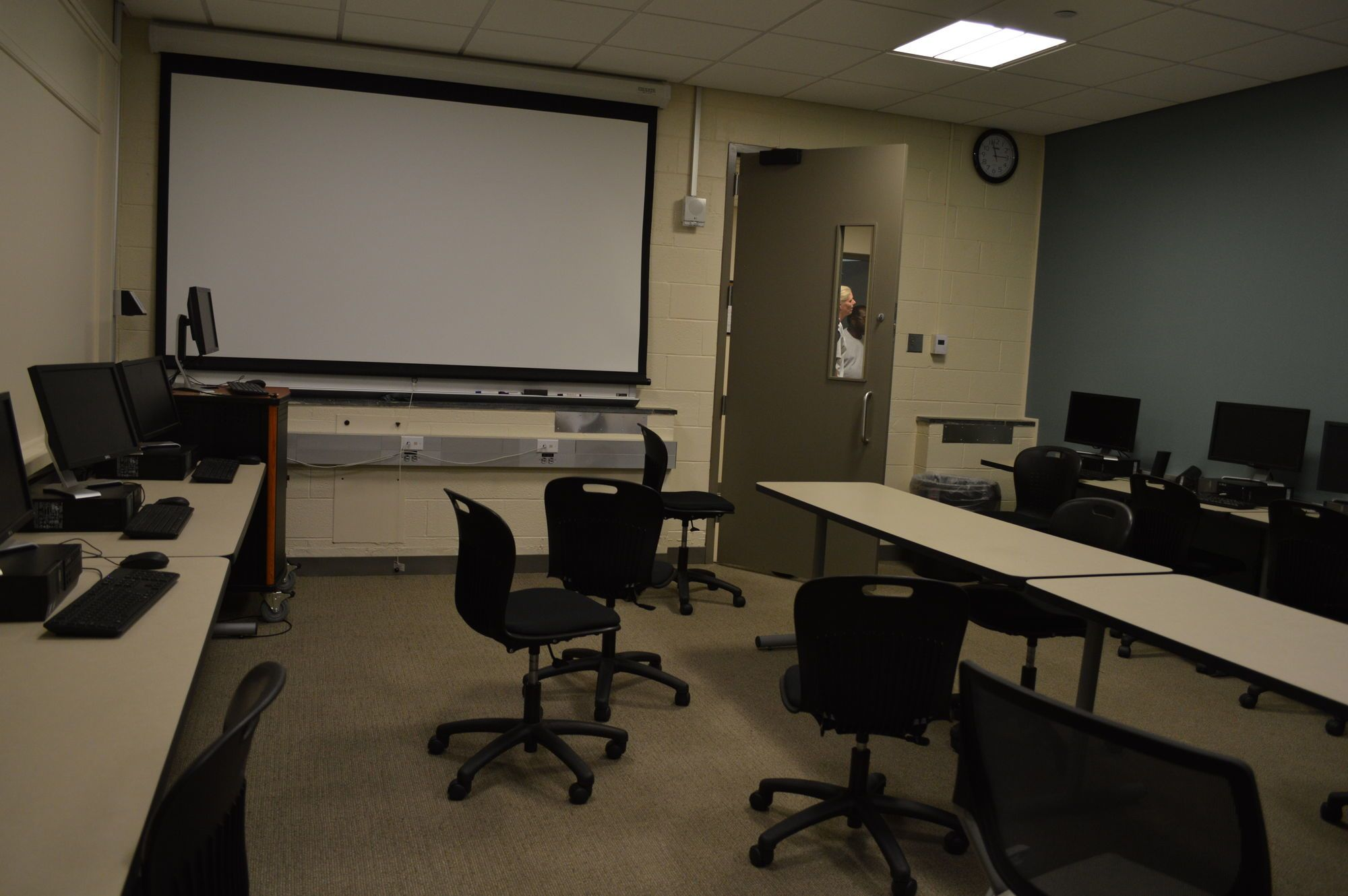University Of Virginia Admissions >> Computer Lab Rooms :: Randolph-Macon College